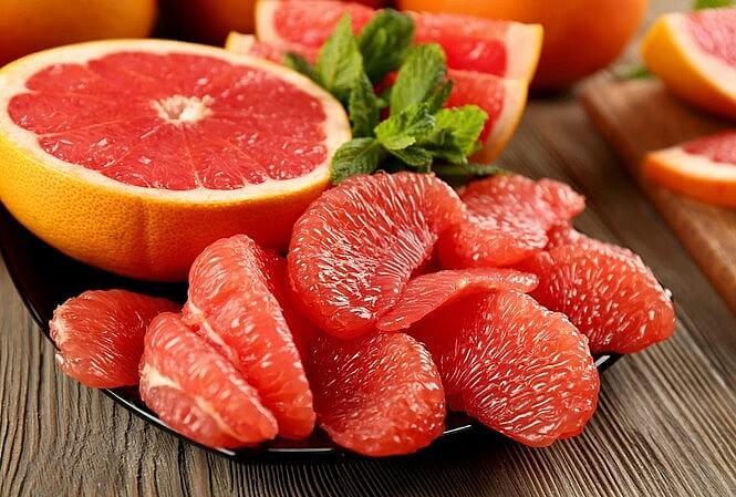 bưởi là trái cây giảm cân được nhiều người lựa chọn