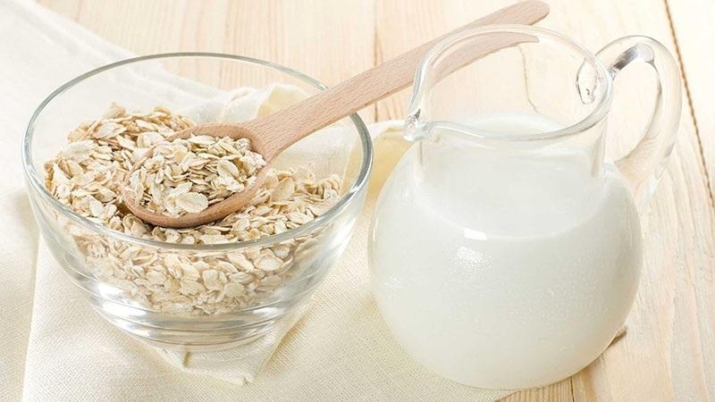 giảm cân bằng yến mạch và sữa tươi