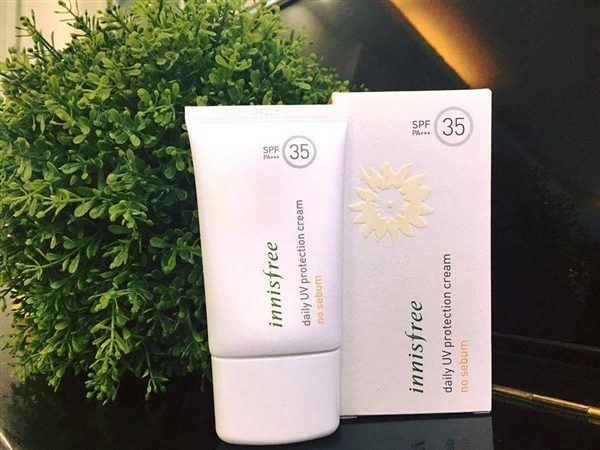 Kem chống nắng phù hợp tuổi dậy thì Innisfree Daily UV Protection Cream – No Sebum